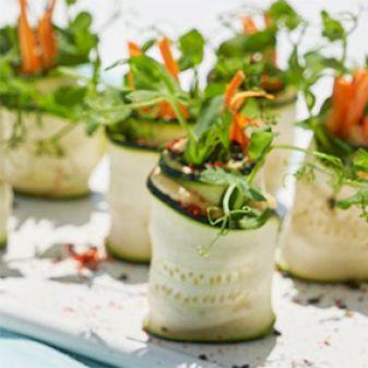 Aperitivos, ensaladas  mediterráneas y ceviches